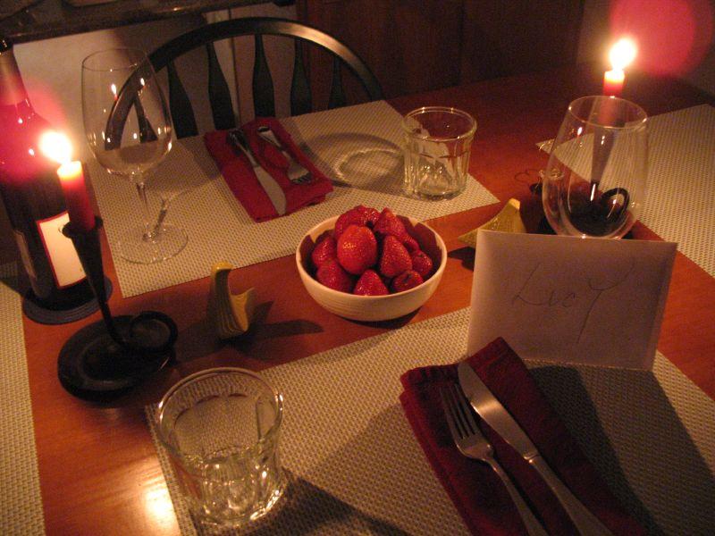 Как устроить романтический вечер в домашних условиях недорого