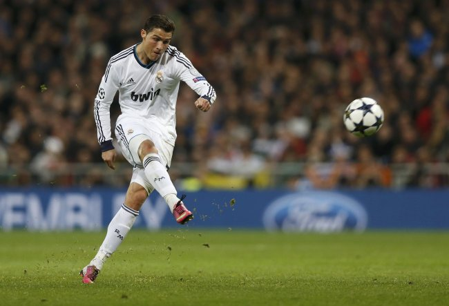 Cristiano Ronaldo shooting the ball