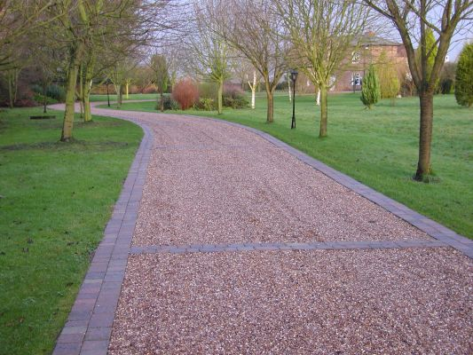 How to Build a Gravel Driveway