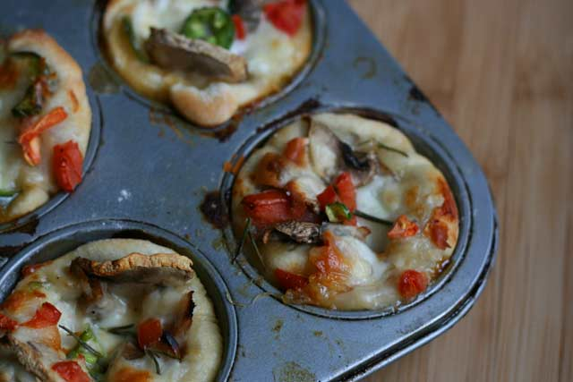 Mini Pizzas Muffin Pan