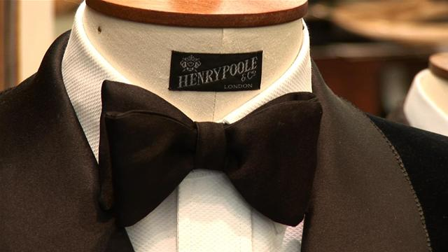 How to Tie a Bow Tie for a Tuxedo