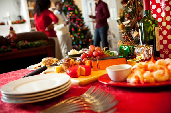 How to Throw a Christmas Party on a Budget