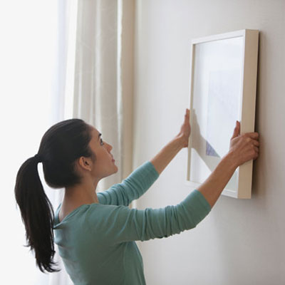 How to Hang a Picture on a Wall