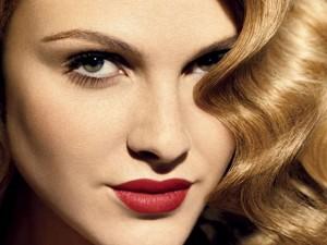 Lipstick on personality